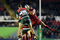 Leigh Halfpenny of the Scarlets claims the ball in the air. Heineken Champions Cup match, between Leicester Tigers and the Scarlets on October 19, 2018 at Welford Road in Leicester, England. Photo by: Patrick Khachfe / JMP
