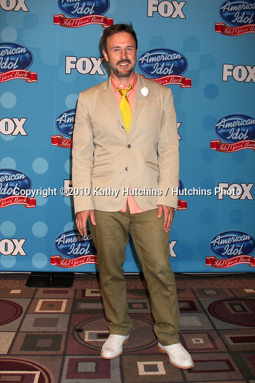 "David Arquette.in the ""Idol Gives Back"" Press Room.Pasadena Civic Center.Pasadena, CA.April 21, 2010.©2010 Kathy Hutchins / Hutchins Photo..."