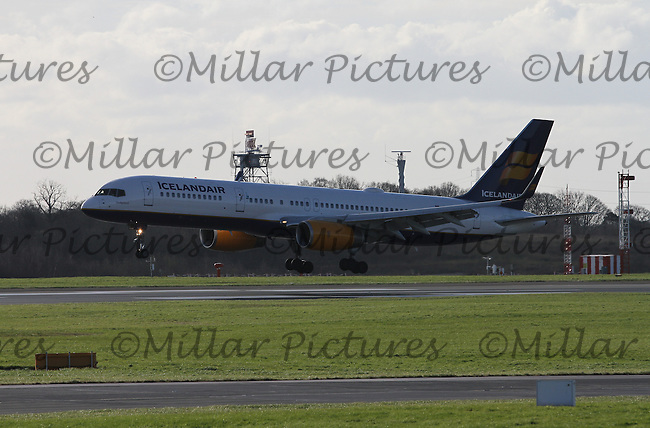 An Icelandair Boeing 757-223 Registration TF-ISY landing from Keflavik International Airport at Manchester Airport on 14.2.16.