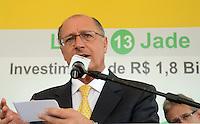 SAO PAULO SP, 120.12.2013 -  Governador Geraldo Alkimim visita Início das obras da Linha 13-Jade da CPTM na avenida Assis Ribeiro na zona leste de Sao Paulo  nesta Sexta-feira, 20 de dezembro de 2013.  (FOTO: ALAN MORICI / BRAZIL PHOTO PRESS).