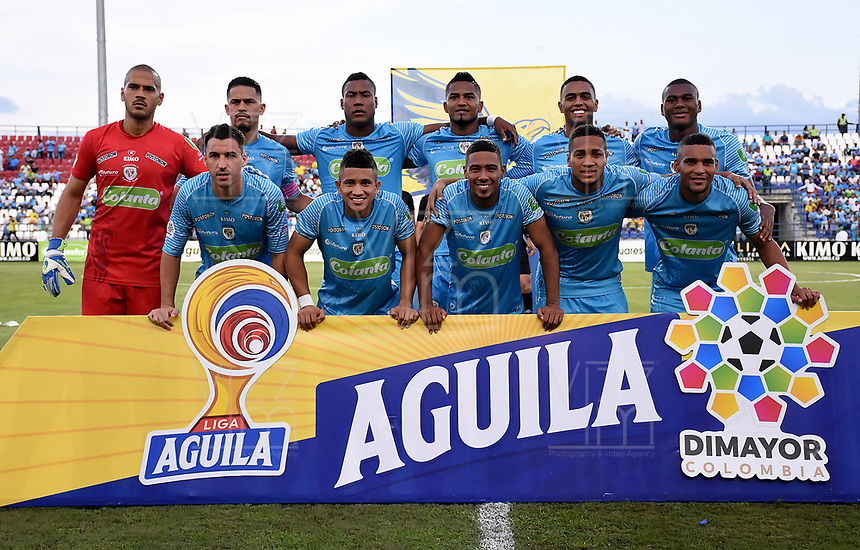 MONTERÍA-COLOMBIA, 29-10-2019: Jugadores de Jaguares de Córdoba, posan para una foto, antes de partido entre Jaguares de Córdoba, y Atlético Huila de la fecha 20 por la Liga Águila II 2019, en el estadio Jaraguay de Montería de la ciudad de Montería. / Players of Jaguares de Cordoba, pose for a photo, prior a match between Jaguares de Cordoba, and Atletico Huila, of the 20th date for the Leguaje Aguila II 2019 at Jaraguay de Montería Stadium in Monteria city. / Photo: VizzorImage / Andrés López  / Cont.