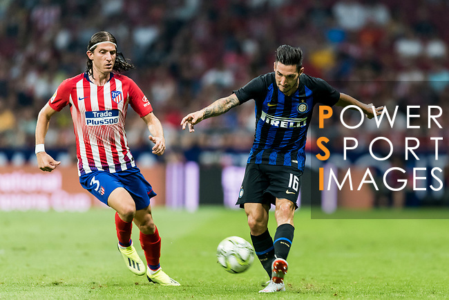 Mattia Politano (R) of FC Internazionale competes for the ball with Filipe Luis of Atletico de Madrid during their International Champions Cup Europe 2018 match between Atletico de Madrid and FC Internazionale at Wanda Metropolitano on 11 August 2018, in Madrid, Spain. Photo by Diego Souto / Power Sport Images