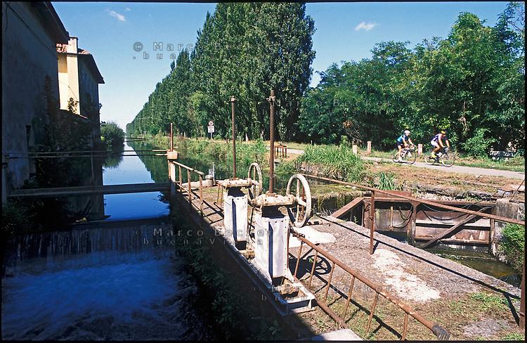 Giussago (Pavia), Naviglio Pavese, conca di Nivolto