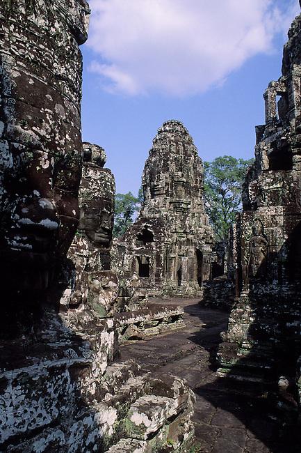 CAMBODIA, ANGKOR, ANGKOR THOM, BAYON TEMPLE, BUILT END OF 1100'S
