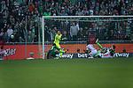 15.04.2018, Weser Stadion, Bremen, GER, 1.FBL, Werder Bremen vs RB Leibzig, im Bild<br /> <br /> P&eacute;ter Gul&aacute;csi / Peter Gulacsi (RB Leipzig #32)<br /> Theodor Gebre Selassie (Werder Bremen #23)<br /> Ibrahima Konat&eacute; / Konate (RB Leipzig #06)<br /> Bernardo (RB Leipzig #03) rettet Zlatko Junuzovic (Werder Bremen #16)<br /> <br /> Foto &copy; nordphoto / Kokenge
