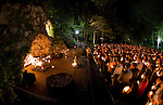 2011 Senior Grotto Visit.JPG by Matt Cashore/University of Notre Dame