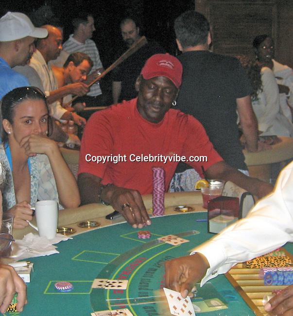 Michael jordans gambling problem casino dealers income