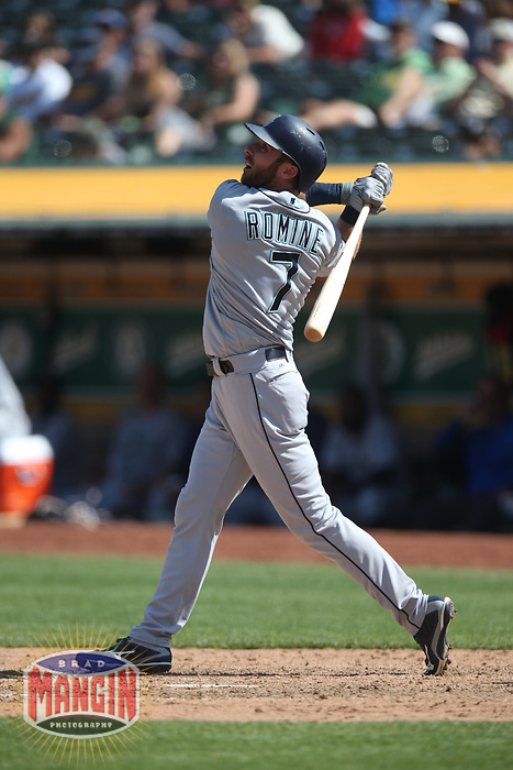 OAKLAND, CA - AUGUST 15:  Andrew Romine #7 of the Seattle Mariners bats against the Oakland Athletics during the game at the Oakland Coliseum on Wednesday, August 15, 2018 in Oakland, California. (Photo by Brad Mangin)