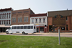 The Faculty/President Nellis Fall Orientation Tour drives through Nelsonville.