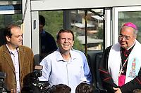 Rio de Janeiro,10 de Junho de 2012- O prefeito Eduardo Paz e o Arcebispo Dom Arani Tempesta , inauguraram na manhã dessa  domingo (10 ) a  segunda  parte do plano inclinado da Igreja  da  Penha.<br /> Guto Maia Brazil Photo Press