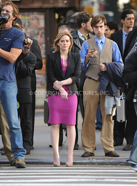 WWW.ACEPIXS.COM . . . . .  ....October 20 2009, New York City....Actress Hilary Duff on the midtown Manhattan set of the new movie 'The Business of falling in Love' on October 20 2009 in New York City....Please byline: AJ Sokalner - ACEPIXS.COM..... *** ***..Ace Pictures, Inc:  ..tel: (212) 243 8787..e-mail: info@acepixs.com..web: http://www.acepixs.com
