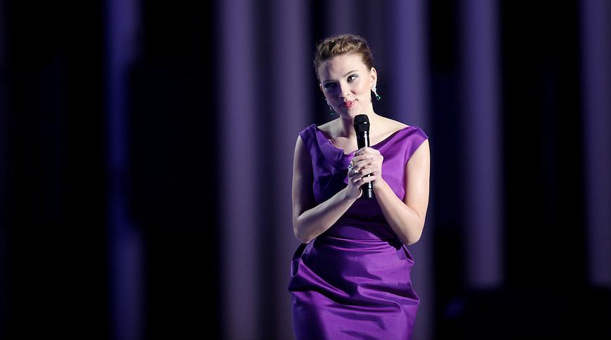 Oslo, 20081211. Nobelkonserten. Scarlett Johansson. Foto: Eirik Helland Urke