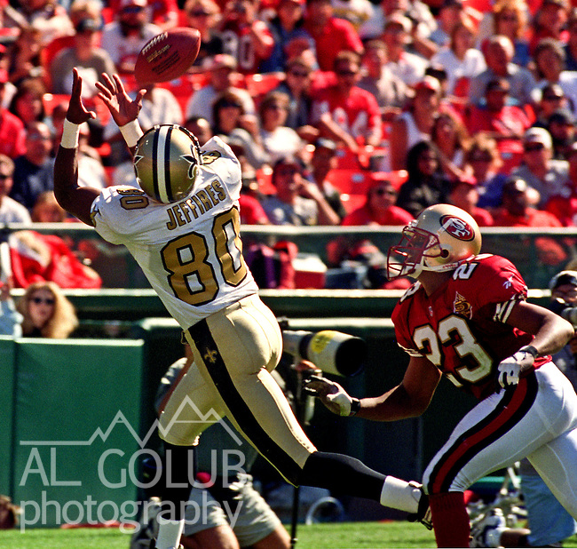 San Francisco 49ers vs.New Orleans Saints at Candlestick Park Sunday, September 1, 1996.  49ers beat Saints  27-11.  New Orleans Saints wide receiver Haywood Jeffires (80) catches pass.