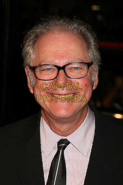 "BARRY LEVINSON (PRODUCER).Los Angeles Premiere of ""Man of the Year"" at Grauman's Chinese Theatre, Hollywood, California, USA,.04 October 2006..portrait headshot glasses.Ref: ADM/BP.www.capitalpictures.com.sales@capitalpictures.com.©Byron Purvis/AdMedia/Capital Pictures."