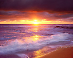 USA, California, San Diego.   Sunset Cliffs beach on the Pacific Ocean at Sunset.