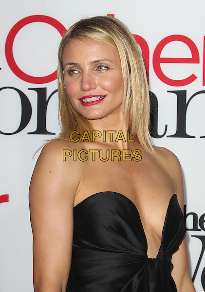 21 April 2014 - Hollywood, California - Cameron Diaz. Los Angeles Premiere Of The Other Woman Held at Regency Village Theatre.  <br /> CAP/ADM/FS<br /> &copy;Faye Sadou/AdMedia/Capital Pictures