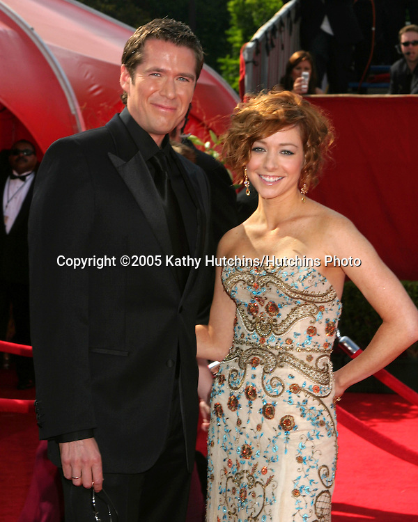Alexis Denisof.Alyson Hannigan.Primetime Emmys 2005.Shrine Auditorium.Los Angeles, CA.September 18, 2005.©2005 Kathy Hutchins / Hutchins Photo