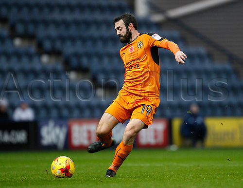 19.11.2016. Deepdale, Preston, England. Skybet League Championship Football. Preston North End versus Wolverhampton Wanderers. Wolverhampton Wanderers midfielder Jack Price  on the ball.