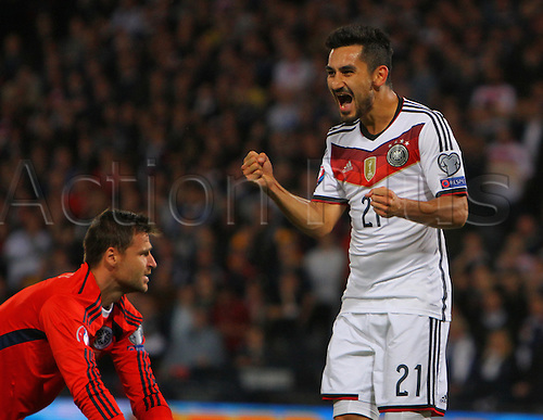 07.09.2015. Edinburgh, Scotland. Euro 2016 Qualifying. Scotland versus Germany. Ilkan Gundogan celebrates his goal