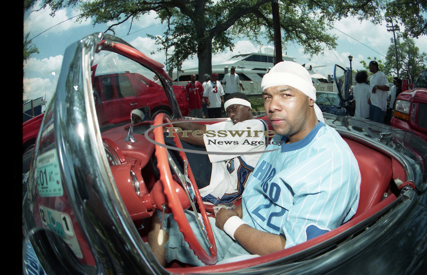 Cash Money Records artist Boo & Gotti on the set of the Big Tymers Still Fly video shoot, May 3, 2000 in New Orleans, Louisiana.  Photo credit: Presswire News/ Elgin Edmonds