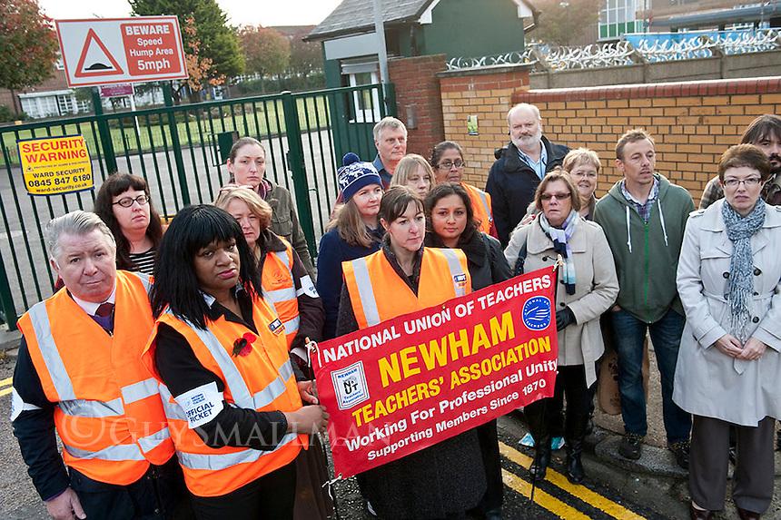 NUT strike at Langdon school Newham. 2-11-11