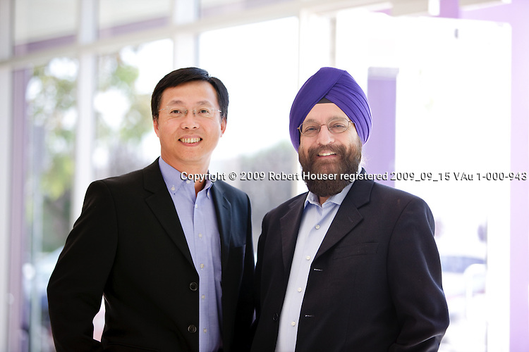 Gurjot Singh - CEO and President - Lynux Works and Allen Lee - CEO - Portwell America Technology - images : Executive portrait photographs by San Francisco Bay Area - corporate and annual report - photographer Robert Houser. 2009 pictures.