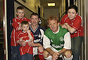 10/10/2002                   Copyright Pic : James Stewart.File Name : stewart-crunchie 01.KEVIN MCALLISTER WITH HIS CHILDREN AARON, CRAIG AND STACEY WITH GORDON STRACHAN BEFORE THE START OF HIS TESTIMONIAL...Payments to :-.James Stewart Photo Agency, 19 Carronlea Drive, Falkirk. FK2 8DN      Vat Reg No. 607 6932 25.Office     : +44 (0)1324 570906     .Mobile  : +44 (0)7721 416997.Fax         :  +44 (0)1324 570906.E-mail  :  jim@jspa.co.uk.If you require further information then contact Jim Stewart on any of the numbers above.........
