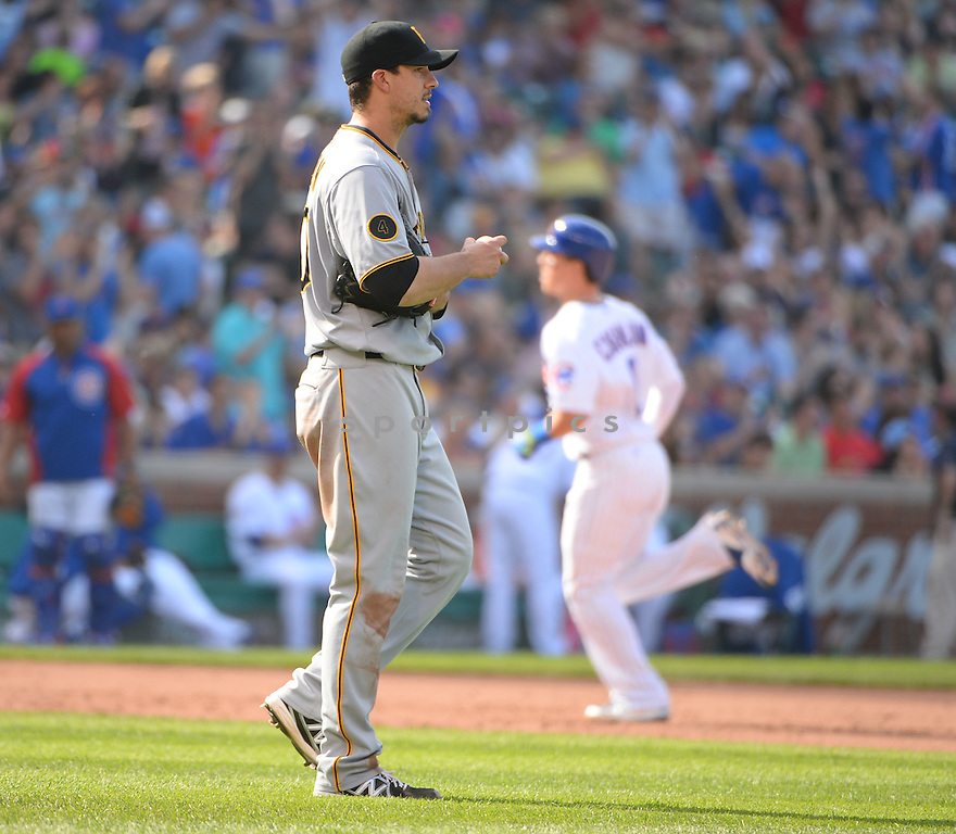 Pittsburgh Pirates Charlie Morton (50) during a game against the Chicago Cubs on June 20, 2014 at Wrigley Field in Chicago, IL. The Cubs beat the Pirates 6-3.
