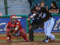 Jose Amador de naranjeros en su turno al bate ante el pitcher Ruddy Acosta, durante partido3 de beisbol entre Naranjeros de Hermosillo vs Mayos de Navojoa. Temporada 2016 2017 de la Liga Mexicana del Pacifico.<br /> © Foto: LuisGutierrez/NORTEPHOTO.COM