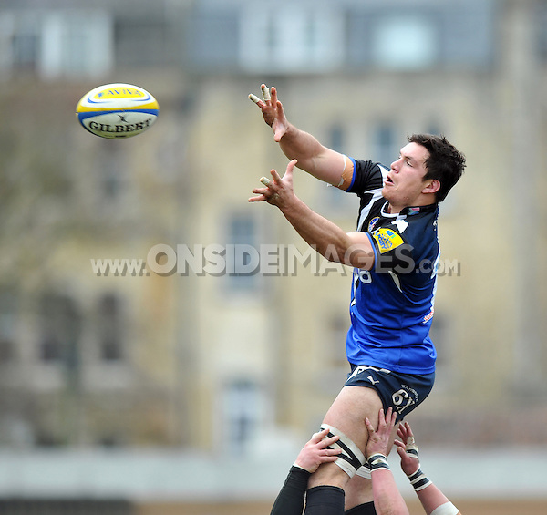 Francois Louw looks to claim lineout ball. Aviva Premiership match, between Bath Rugby and London Welsh on March 30, 2013 at the Recreation Ground in Bath, England. Photo by: Patrick Khachfe / Onside Images