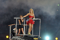 Spice Girls.Geri Halliwell aka Ginger Spice ( red ) , Victoria Beckham aka Posh Spice ( black ).Londra 12/08/2012 Olympic Stadium.London 2012 Olympic Games Closing Ceremony.Olimpiadi Londra 2012 Cerimonia d chiusura.Foto Insidefoto Giovanni Minozzi.