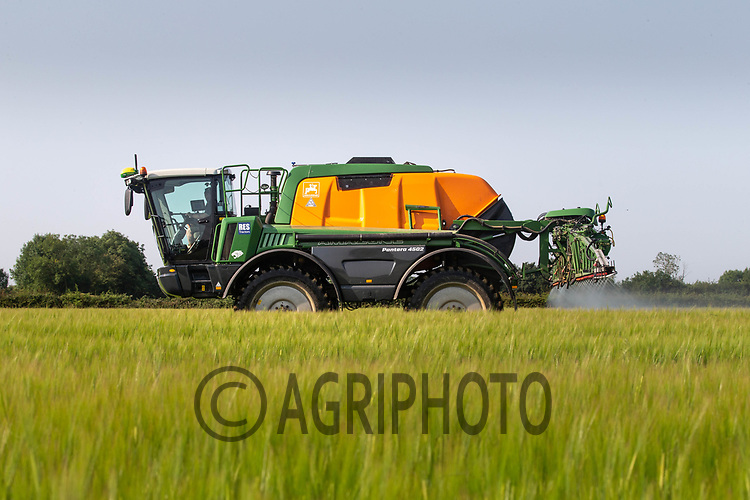 22.6.2020 Applying fungicide to Barley <br /> ©Tim Scrivener Photographer 07850 303986<br />      ....Covering Agriculture In The UK.