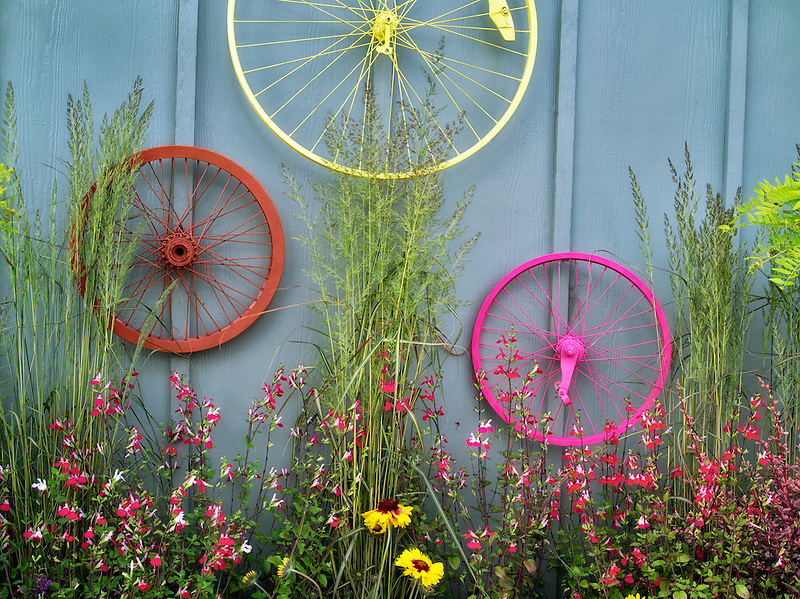 Bicycle rims garden display. Al's Nursery. Sherwood, Oregon