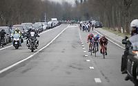 Stefan Küng (SUI/BMC), Zdenek Stybar (CZE/QuickStep) & Tiesj Benoot (BEL/Lotto-Soudal) descending the Nieuwe Kwaremont at high speeds<br /> <br /> 69th Kuurne-Brussel-Kuurne 2017 (1.HC)