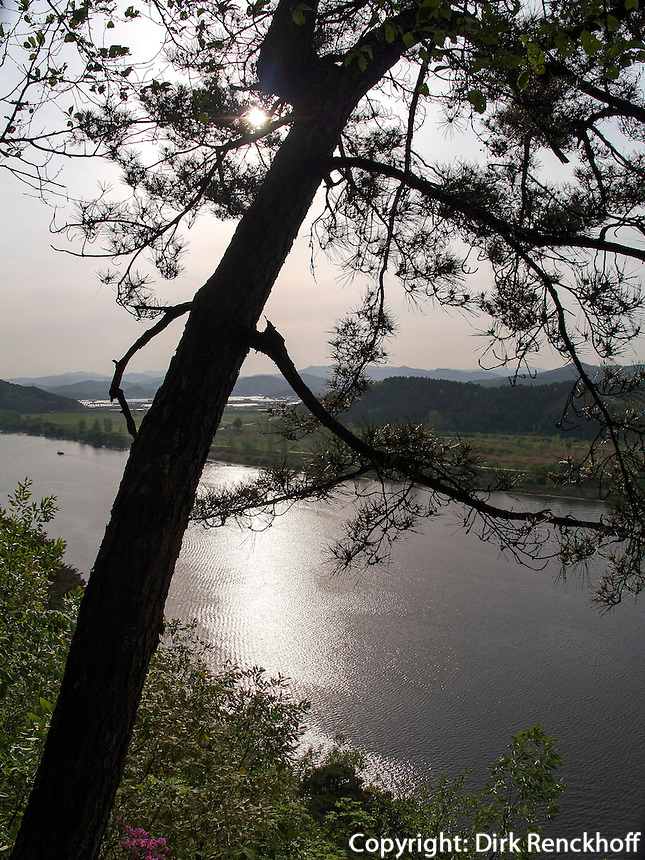 Geumgang Fluss  in Buyeo, Provinz Chungcheongnam-do, S&uuml;dkorea, Asien<br /> Geumgang river  in Buyeo province Chungcheongnam-do, South Korea, Asia