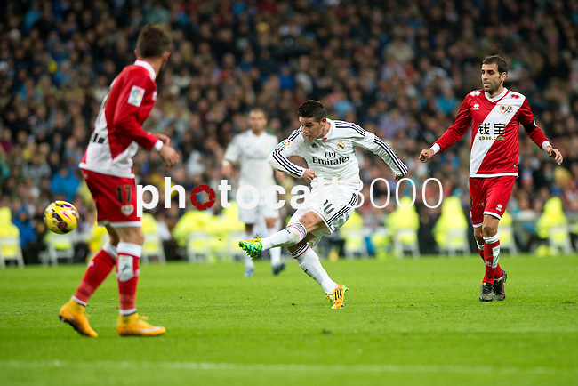 Football match between Real Madrid and Rayo Vallecano at 8th Novembre, 2014 in Stadium Santiago Bernabéu.<br /> James.