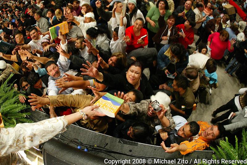 01/26/08 Los Angeles California: Noche de Sanidad y Milagros at the Los Angeles Sports Arena