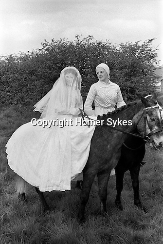 Gawthorpe May Day Yorkshire England 1974. Prince Charming and Snow White.