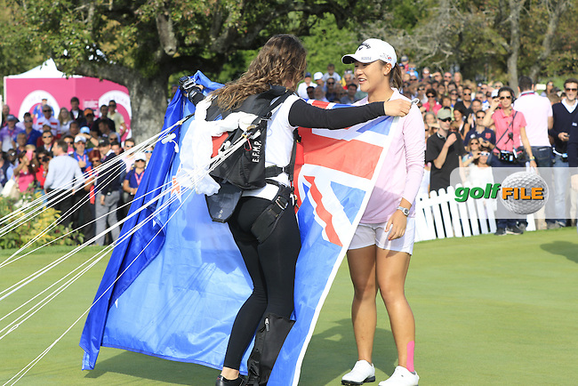 French World Champions parachute into the 18th green for Lydia Ko (NZL) after she wins the Championship by 6 shots and makes history by becoming the youngest Major winner in golf at the end of Sunday's Final Round of the LPGA 2015 Evian Championship, held at the Evian Resort Golf Club, Evian les Bains, France. 13th September 2015.<br /> Picture Eoin Clarke | Golffile
