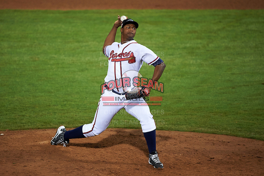 Peoria Javelinas pitcher Mauricio Cabrera (66) delivers a pitch during an Arizona Fall League game against the Scottsdale Scorpions on October 24, 2015 at Peoria Stadium in Peoria, Arizona.  Peoria defeated Scottsdale 3-1.  (Mike Janes/Four Seam Images)
