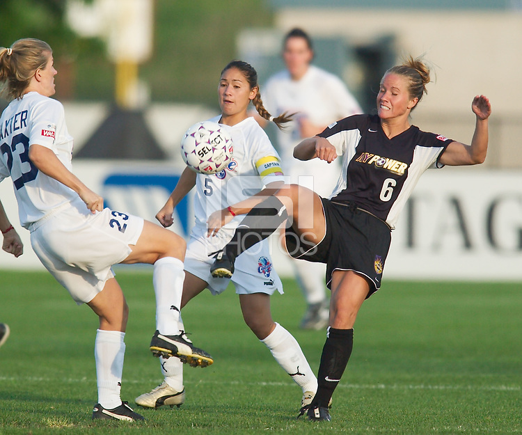 The New York Power played to a 3-3 tie with the Carolina Courage on June 28, 2003 at Mitchel Athletic Complex, Uniondale, NY.