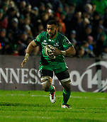 9th February 2018, Galway Sportsground, Galway, Ireland; Guinness Pro14 rugby, Connacht versus Ospreys; Naulia Dawai on an open field attacking run for Connacht