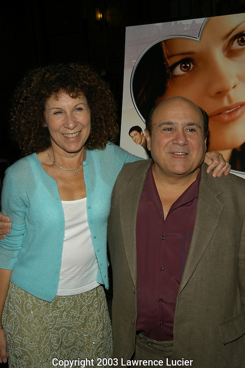 Rhea Pearlman and Danny Devito
