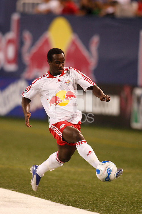 New York Red Bulls forward (30) Francis Doe. The New York Red Bulls defeated the Chicago Fire 1-0 during an MLS regular season match at Giants Stadium, East Rutherford, NJ, on September 1, 2007.