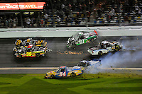 Brendan Gaughan (#2), Ryan Sieg (#39), Chris Fontaine (#84), Parker Kligerman (#29), David Starr (#81) and Nelson Piquet, Jr. (#30) crash in the tri-oval.