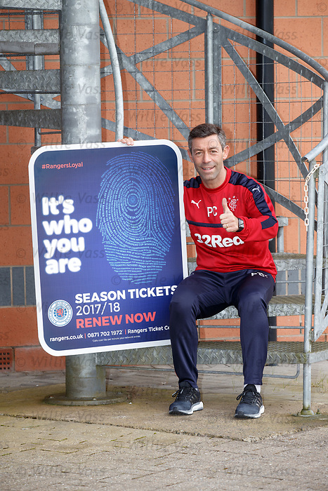 Pedro Caixinha promoting season ticket renewals