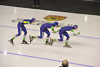 SPEEDSKATING: CALGARY: 14-11-2015, Olympic Oval, ISU World Cup, Team pursuit, Team NED, Marije Joling, Antoinette de Jong, Marrit Leenstra, ©foto Martin de Jong