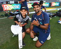 Ish Sodhi with ANZ coin toss winner.<br /> New Zealand Black Caps v Australia.Tri-Series International Twenty20 cricket. Eden Park, Auckland, New Zealand. Friday 16 February 2018. &copy; Copyright Photo: Andrew Cornaga / www.Photosport.nz