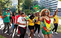 Nederland Amsterdam -  juli 2018.    Amsterdam viert 50 jaar Bijlmer. De SouthEast Parade. Deze parade wordt georganiseerd om de diversiteit van Amsterdam Zuidoost te laten zien. Groep met roots in Guyana.   Foto mag niet in negatieve context gepubliceerd worden.     Foto Berlinda van Dam /  Hollandse Hoogte