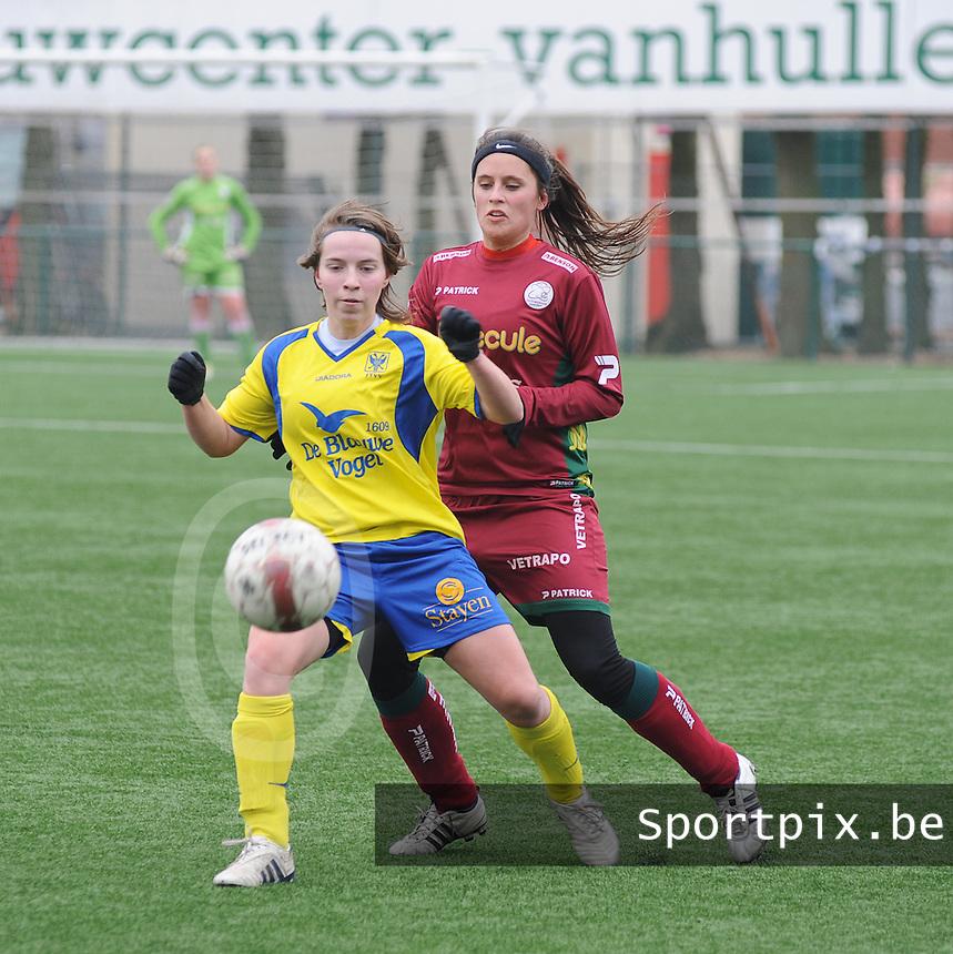 Dames Zulte - Waregem - STVV Sint Truidense VV : Kimberly Verbist voor Charlien Ver Eecke.foto DIRK VUYLSTEKE / Vrouwenteam.be